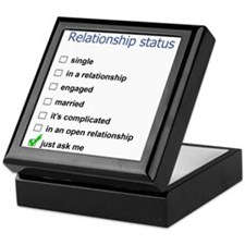 Relationship status Keepsake Box