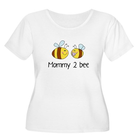 Mommy 2 Bee Women's Plus Size Scoop Neck T-Shirt