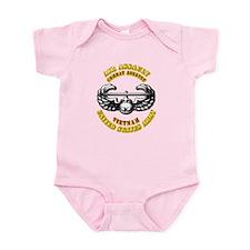 Emblem - Air Assault - Cbt Aslt - Vietnam Infant B