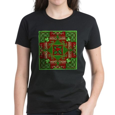 Celtic Labyrinth Holly Women's Dark T-Shirt