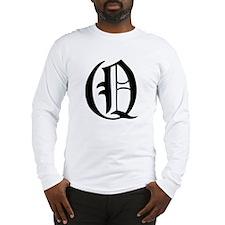 Gothic Initial Q Long Sleeve T-Shirt