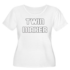 TWIN MAKER WHITE Plus Size T-Shirt