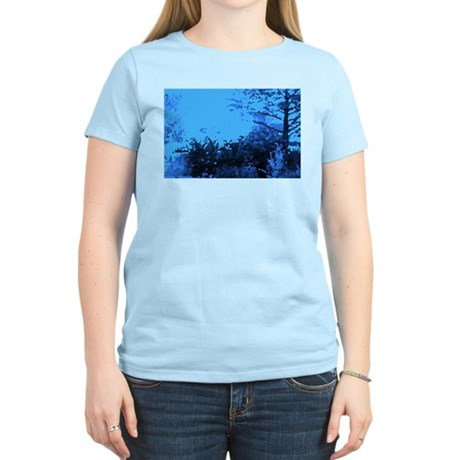 Blue Garden Women's Pink T-Shirt