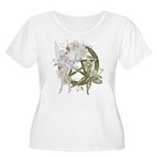 Beautiful fairy with pentacle Plus Size T-Shirt