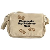 Chesapeake Bay Retriever Mom Messenger Bag
