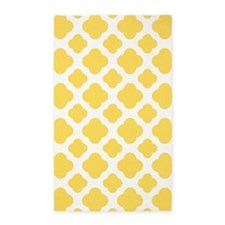 Lemon Yellow and White Quatrefoil Pattern