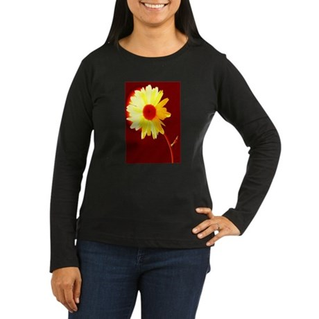 Hot Daisy Women's Long Sleeve Dark T-Shirt