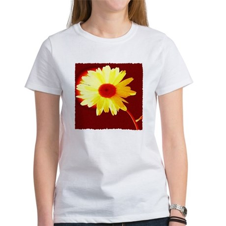 Hot Daisy Women's T-Shirt