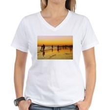 low summer tide T-Shirt