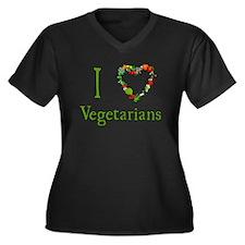 I Love Vegetarians Women's Plus Size V-Neck Dark T