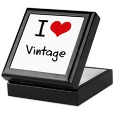 I love Vintage Keepsake Box