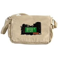 RYER AV Messenger Bag
