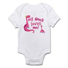 My Nona Loves Me Infant Bodysuit