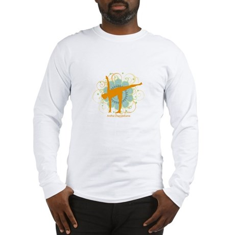 Get it Om. Half Moon Yoga Pos Long Sleeve T-Shirt
