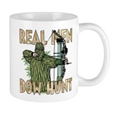 Real Men Bow Hunt  Tasse