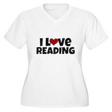 I Love Reading Plus Size T-Shirt