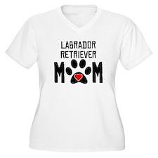 Labrador Retriever Mom Plus Size T-Shirt