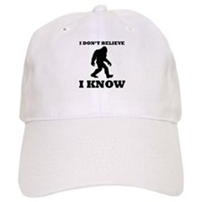 Bigfoot I Know Baseball Baseball Cap