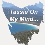 Tassie-On-My-Mind-Wineglass-Bay-Tasmani Shot Glass
