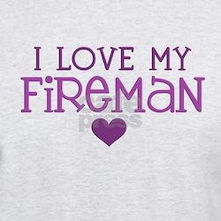 I love my fireman T-Shirt