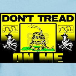 """""""Don't Tread On Me"""" Light T-Shirt"""